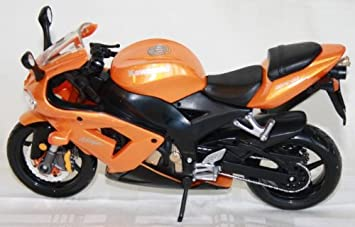 Moto modelo Maisto 1: 12 Kawasaki Ninja Zx 10 R: Amazon.es ...