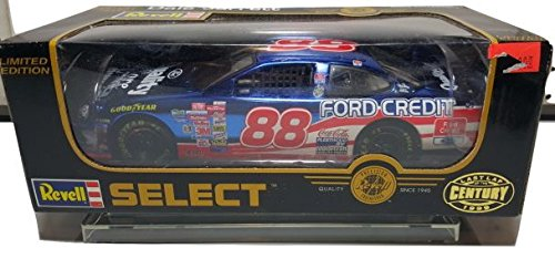Revell   Dale Jarrett Ford Credit   Ford Quality Care   1998 Taurus   1 24