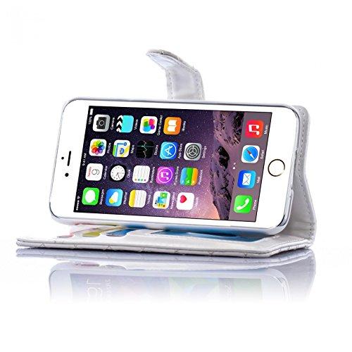 Book Style Design Handy Tasche Karo Metallic mit Visitenkartenfunktion und Strass Herzen Flip Cover Schutz Hülle Schale Klapp Etui Case Modern Bag für Apple iPhone 5 5S in Weiss