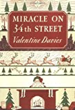 Miracle on 34th Street Gift Set: [Ornament & Book] by Davies Valentine (2002-10-01) Paperback