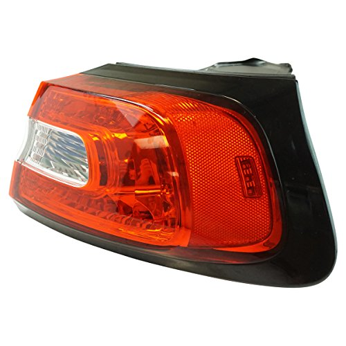 Outer Quarter Panel Mounted Tail Light Lamp Passenger RH Side for Cherokee (Passengers Quarter Tail Side Mounted)