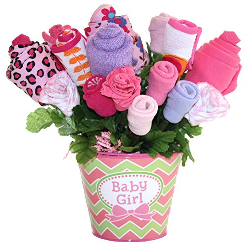 Baby bouquet made with baby clothes and accessories / Baby shower gift / Practical newborn gift for parents to be / New baby gift idea (Girls - Pink)