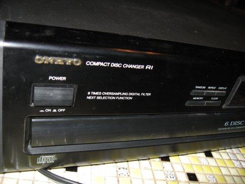 Onkyo DX-C110 6-CD Carousel Changer