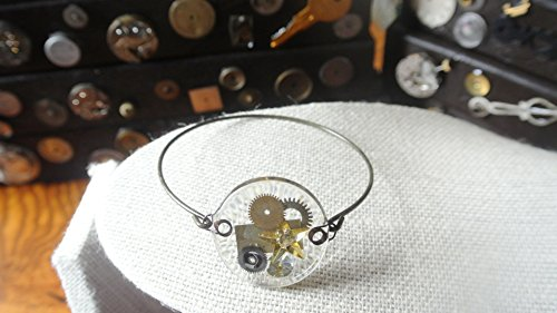 Shine Bangle Watches (Time to Shine:Round crystal with gold star and watch parts on antique bangle)