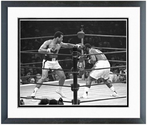 - Muhammad Ali vs Joe Frazier Photo (Size: 12.5