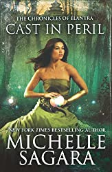 Cast in Peril (Luna) (The Chronicles of Elantra - Book 8)