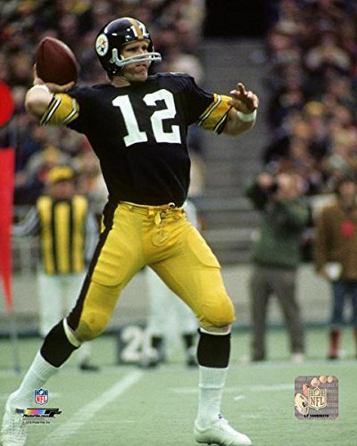 Terry Bradshaw Pittsburgh Steelers 1972 Action Photo (Size: 8