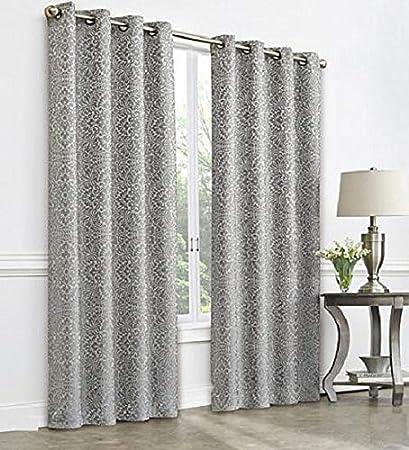 Amazon Com Royal Velvet Plaza Tapestry Blackout Grommet Top Curtain