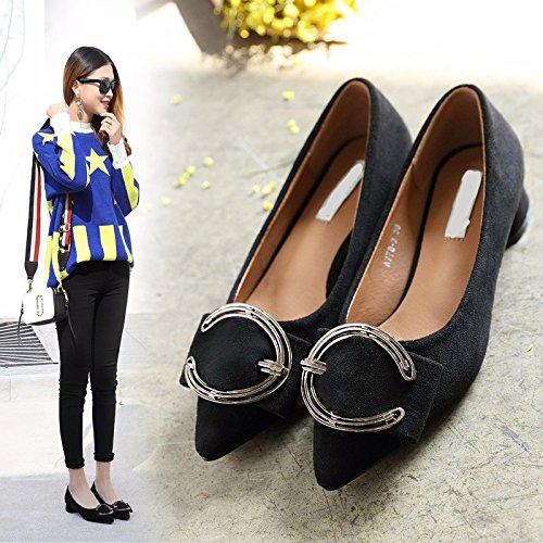 KPHY-A Principios De La Primavera 4 Cm Zapatos De Tacon Alto Hembra Señaló Zapatos Tacones Gruesos Medio Tacón Zapatos De Otoño Gamuza Hebilla. black