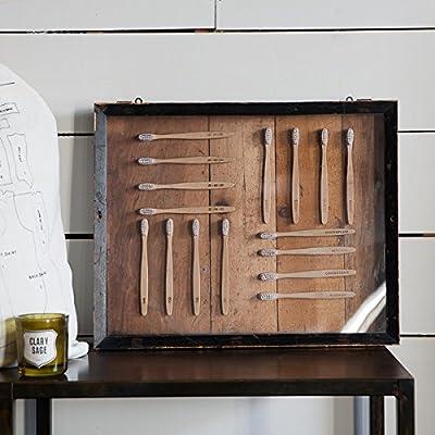 Izola Bamboo Toothbrush Sets with Soft Nylon Bristles