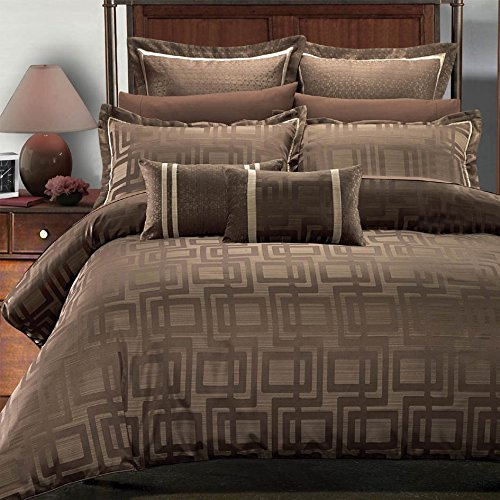 Luxury Janet King/California King 7PC Duvet covers Set. Incu