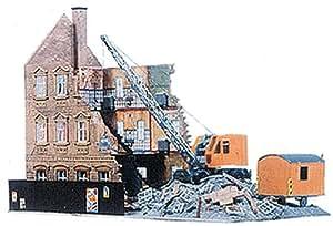 Model Power 469 Building Under Demolition Kit HO