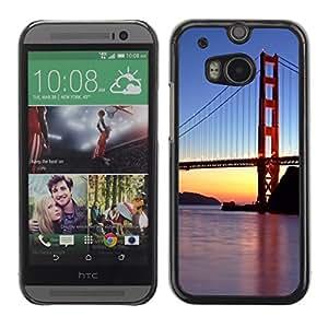 TopCaseStore / la caja del caucho duro de la cubierta de protección de la piel - Francisco Golden Gate Bridge Sunset River - HTC One M8