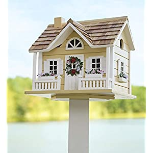Wreath-Cottage-Birdhouse