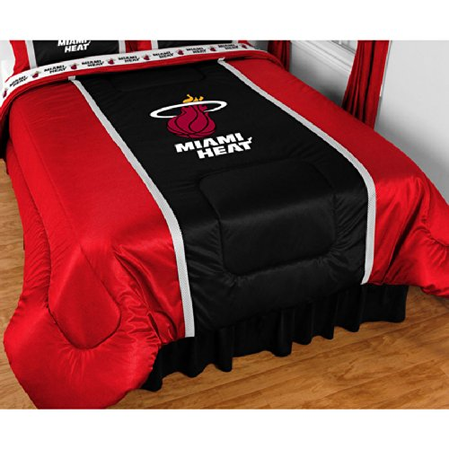 Sports Coverage NBA Miami Heat Sidelines Comforter (Queen)