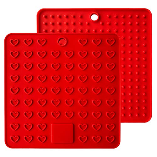(Heart-Shaped Silicone Trivet Mats Pot Holders Spoon Rest Coasters Heat Resistant Insulation Pad Kitchen Tool-Red)