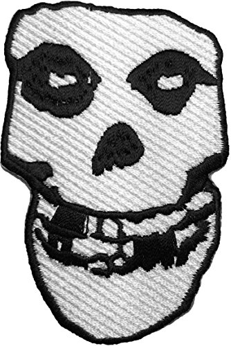 The Misfits - Crimson Ghost Skull 8.5 x 5.5cm Heavy Metal Band Music rock punk logo Jacket Vest shirt hat blanket backpack T shirt Patches Embroidered Appliques Symbol Badge Cloth Sign Costume