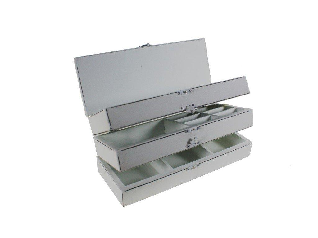 Cal Fuster–Boîte à couture en bois blanc de trois étages avec Parois. Dimensions totales: 11x 27x 10cm