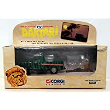 Corgi Classics Daktari Wameru Sub-district Die Cast Land Rover with Judy the Chimp and Clarence the Cross-eyed Lion Figurines 1:43 Scale