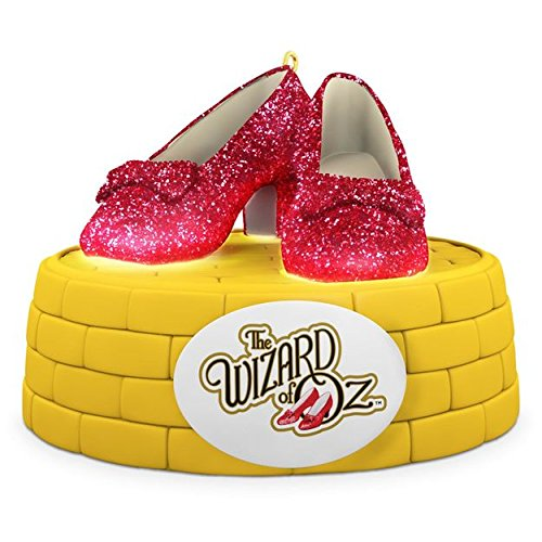 Hallmark 2016 Christmas Ornament THE WIZARD OF OZ RUBY SLIPPERS Ornament With Lights ()