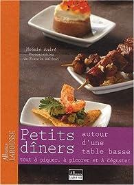 Petits Diners Autour d'une Table Basse par Noëmie André