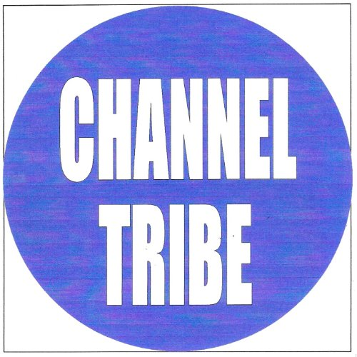 Chanel tribe (Chanel Carrera)