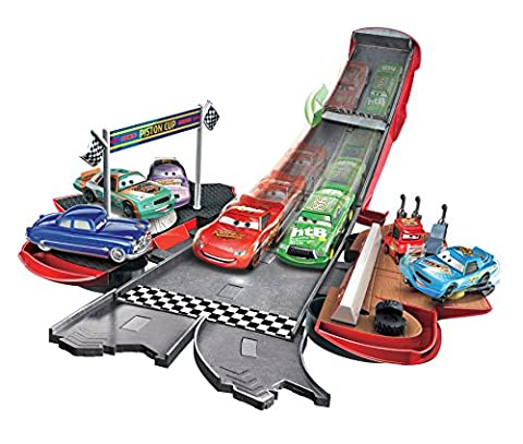 Disney Pixar Cars Transforming Lightning McQueen Playset - Cars