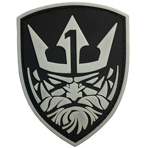 SpaceAuto 3D PVC Rubber Tyrant King Head Military Tactical Morale Badge Patch 2.76
