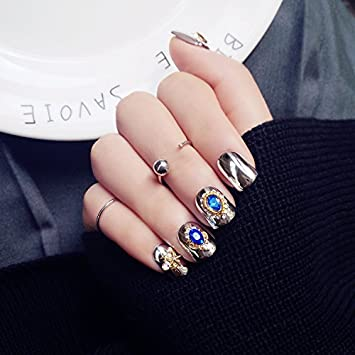 Amazon 24pcs royal style fake nails press on nails with 24pcs royal style fake nails press on nails with rhinestone silver copper pattern nail art maquiage prinsesfo Image collections