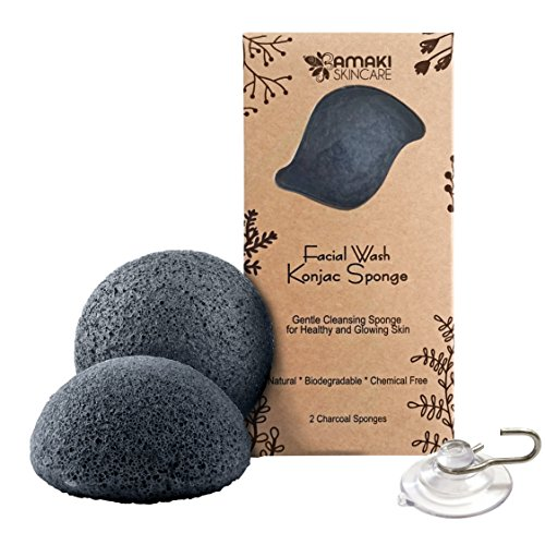facial-wash-konjac-sponge-with-added-activated-bamboo-charcoal-2-charcoal-sponges