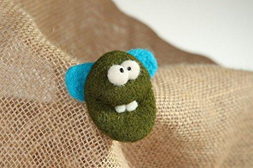 Felted Wool Brooch Little ()
