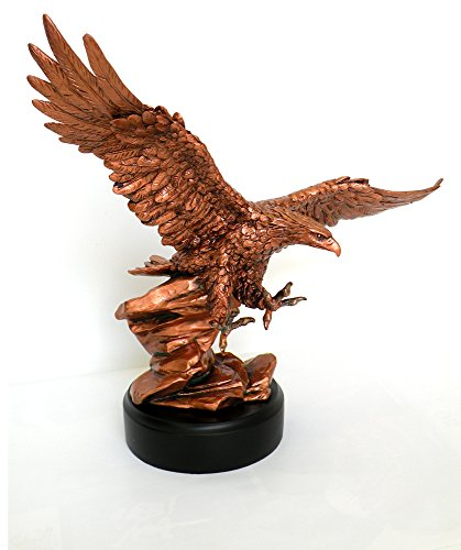 Large American Eagle Table Sculpture. Approximate Diameter 14
