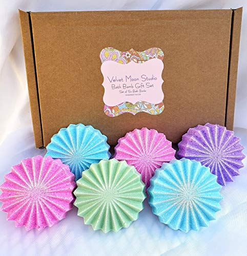 (Bath Bomb Gift Set of 6 - Ultra Lush Spa Fizzies - Handmade with Organic Essential Oils)