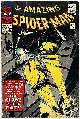 STAN LEE HAND SIGNED SPIDERMAN #30 COMIC BOOK MOLTEN MAN! PSA/DNA LOA V07830