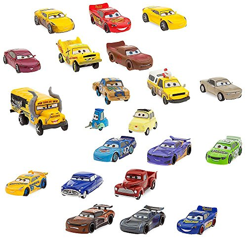 Disney Cars 3 Mega Figurine Playset (Disney Cars Figure)