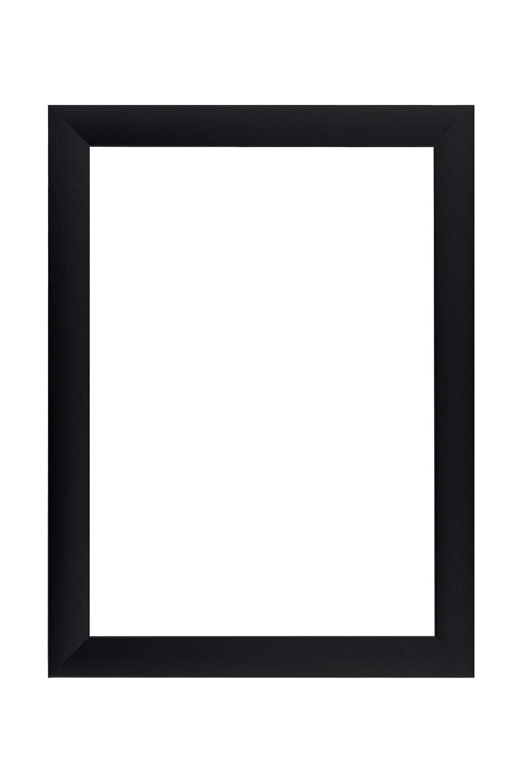 EUROLine35 Bilderrahmen nach Maß für 70 cm x 130 cm Bilder, Farbe  Schwarz Matt, MDF Holzrahmen Maßanfertigung inkl. entspiegeltem Acrylglas und MDF Rückwand, Rahmen Breite  35 mm, Außenmaß  75,8 cm x 135,8 cm