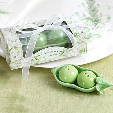 XPC-1201 Two Peas in a Pod Salt and Pepper Shakers (Peas And Pepper In Salt Shakers A Pod)