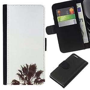All Phone Most Case / Oferta Especial Cáscara Funda de cuero Monedero Cubierta de proteccion Caso / Wallet Case for Apple Iphone 5C // Tree Light Blue Sky Summer