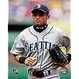 Ichiro Suzuki 2006 Action Photo Print (16 x 20)