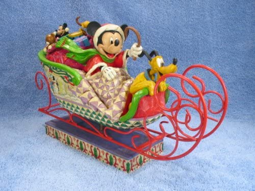 Jim Shore – Disney Traditions – Fabulous Sleigh Ride Figurine by Enesco – 4005626