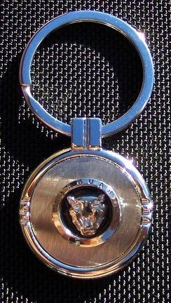 Jaguar Keychain (JAGUAR Keychain with Free Engraving)