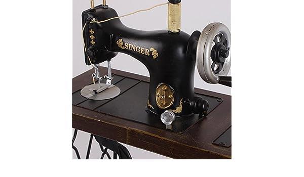 GONGYIPIN Adornos de Hierro Forjado Hecho a Mano Antigua máquina de Coser Modelo Retro Accesorios de fotografía Decorativa de Tienda de Ropa, 30.5x16x45: ...