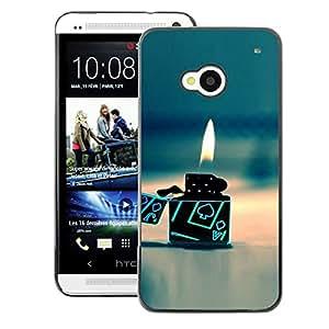 A-type Arte & diseño plástico duro Fundas Cover Cubre Hard Case Cover para HTC One M7 (Gas Poker Gambling Flame Beach)