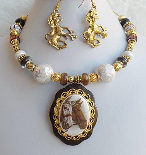 Porcelain Cameo Pendant Necklace - 5