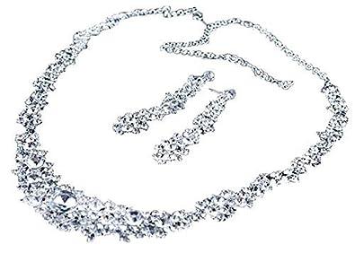 4acf3f65b060 MFEIR Los collares y pendientes de novia un serie de esos las adornación de  la boda