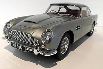 Gt Spirit 1 12 Scale Resin Gt066 Aston Martin Db5 Silver Amazon De Spielzeug