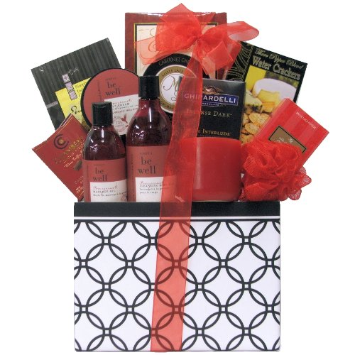 GreatArrivals Gift Baskets Anniversary Gift Basket, Candelight Romance and Spa, 5 Pound