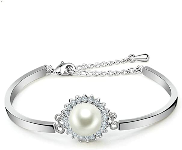 White Pearl Bracelet with 14K Gold clasp etc bride/'s maid! Super nice !!