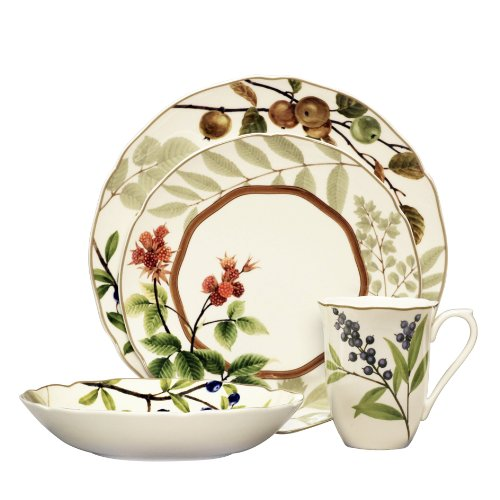 China 4 Berry Bowls (Noritake Berries and Brambles 4-Piece Place Setting)
