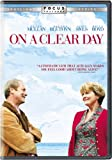 On a Clear Day (Widescreen) (Sous-titres français) [Import]